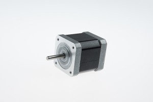 NEMA 17 hakbang anggulo 3 na degree high speed hybrid stepping motor (61mm 0.72Nm)