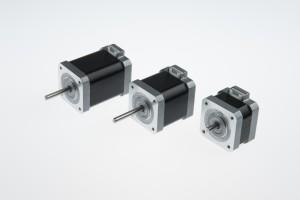 NEMA 17 քայլ անկյունը 0.9 աստիճանը միակցիչ տեսակը հիբրիդ ընդլայնելով Motor (49mm 0.4Nm)
