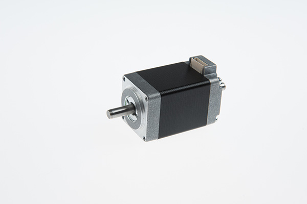 NEMA 8 Connector Type Stepping Motor (40mm 0.022N.m) Featured Image